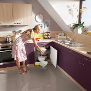Przechowywanie w kuchni. Pomysły na szafki narożne