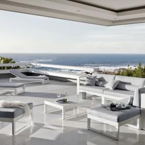 Najpiękniejsze meble do ogrodu w portugalskim stylu: tak wypoczywa Ronaldo!