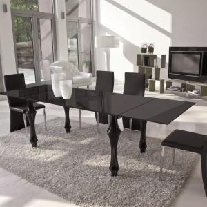 Designerskie krzesła z serii Space marki Antonello idealne do nowoczesnego salonu. Fot. Ebano Design.