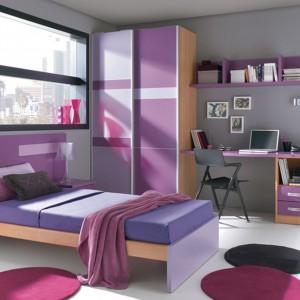 Pomysł na pokój dla uczennicy. Fot. Circulo Muebles.