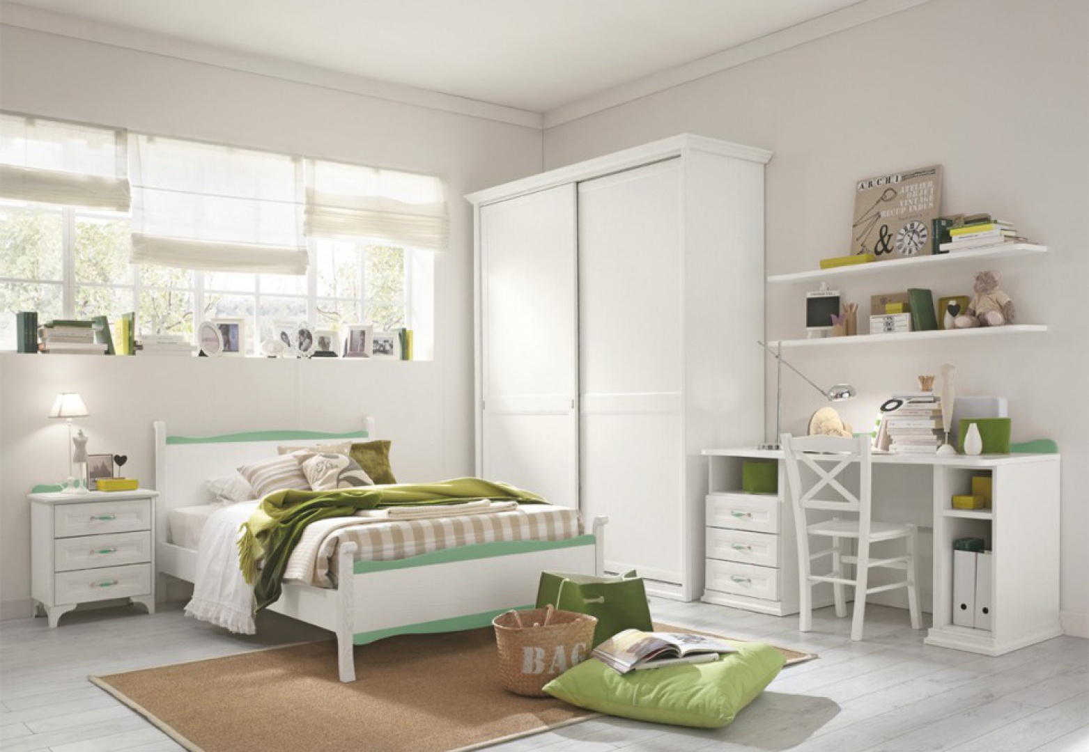Aranżacja z bielą w roli głównej. Kolor występuje w postaci zielonych dodatków. Fot. Colombini Casa.