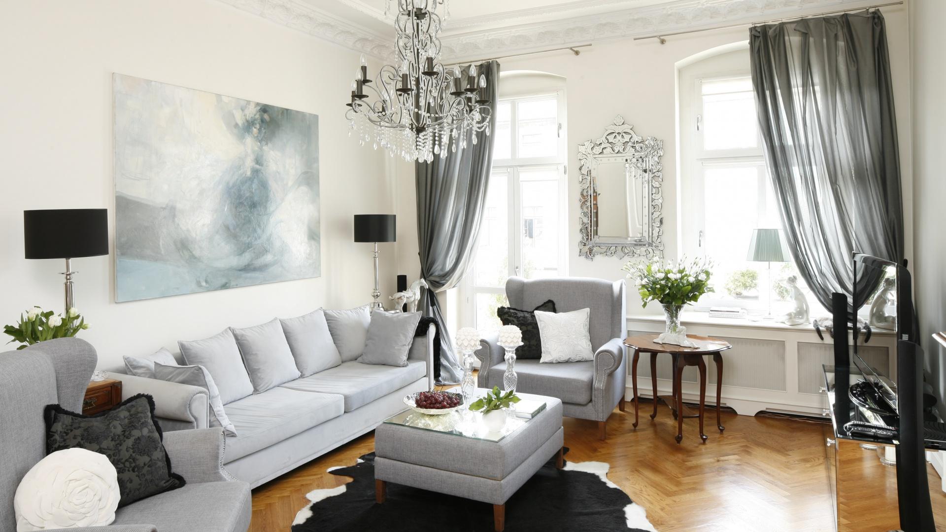 Dekoracja okna w stylu 15 sposob w na aran acj okna for 25m2 wohnzimmer einrichten