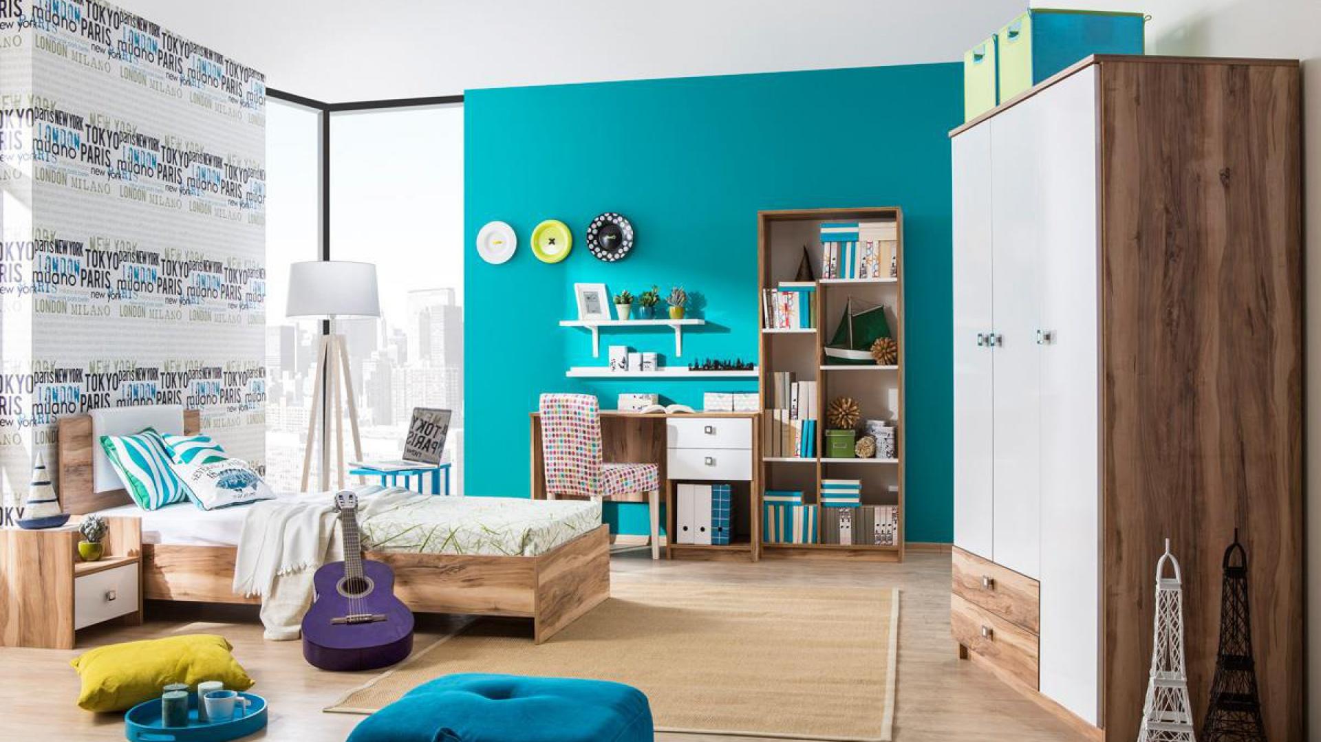 Turkusowa ściana i dodatki ożywiają pokój nastolatki. Kids and Teens.