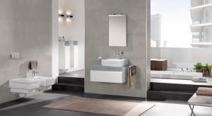 Jeśli lubisz szarości w różnych odcieniach, surowe, betonowe wnętrza oraz nieograniczoną niczym przestrzeń – łazienka w klimacie loft jest właśnie dla Ciebie. Zobacz, jak możesz ją urządzić korzystając z asorty