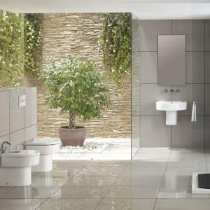 Roca oferuje serię Happening ceramiki i armatury do łazienki , która zachowując klasyczną formę wprowadza świeżość nowoczesnego spojrzenia. Prostota kształtów tworzy przejrzystą przestrzeń z indywidualnym charakterem, nie tracąc na funkcjonalności. Fot. Roca.