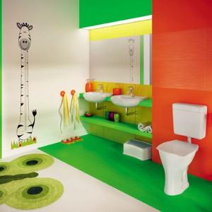 Meble i ceramika marki Hybner dedykowana do łazienek przyjaznych dla dziecka. Fot. Hybner.
