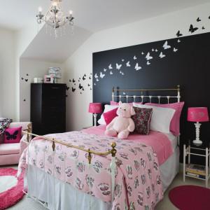 Dekorujemy ściany w pokoju dziecka: ciekawe i tanie sposoby