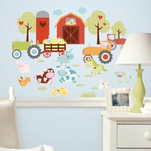 Kompozycja przedstawiająca farmę stworzona z naklejek ściennych. Fot. Becky&Lolo.