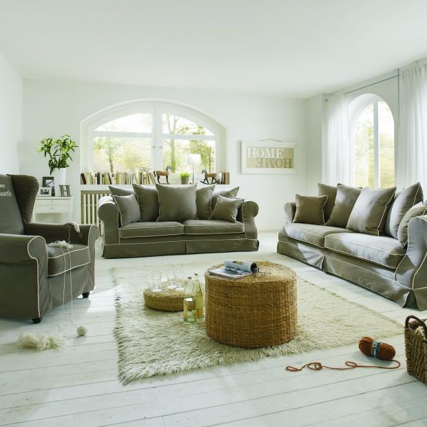 Beżowa sofa. Zobacz propozycje do klasycznego i nowoczesnego salonu