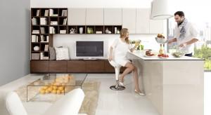 Uniwersalne beże i ponadczasowe brązy doskonale sprawdzą się kuchni. Dzięki nim zyskacie ciepłe, przytulne i bardzo piękne wnętrze.