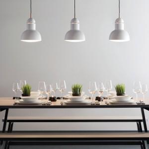 Lampy wiszące z kolekcji Maxi marki Anglepoise. Fot. Anglepoise.