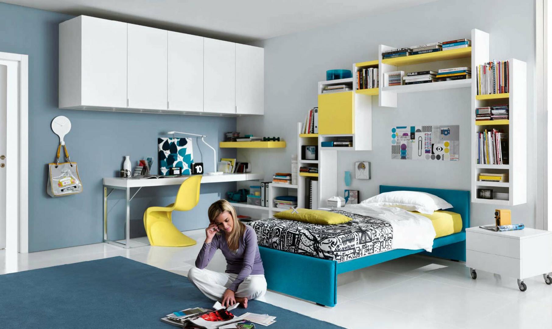 Idealnie urządzony pokój nastolatki to wnętrze odpowiednie do nauki, ale też relaksu i spotkań z koleżankami. Fot. GAB.