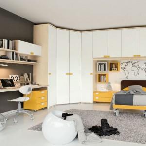 Żółte elementy mebli nadają wnętrzu optymistyczny wygląd. Fot. Colombini Casa.