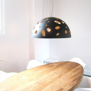 Lampa Half Planet. Fot. Dutchglobe.