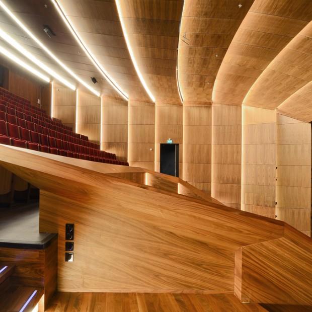 Frits van Dongen i Patrick Koschuch zaprojektowali Klaster Sztuki w Nieuwegein