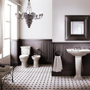 Kolekcja Heritage marki Devon&Devon to ceramika sanitarna o klasycznych kształtach. Seria polecana do wnętrz w stylu angielskim czy art deco. Fot. Devon&Devon.