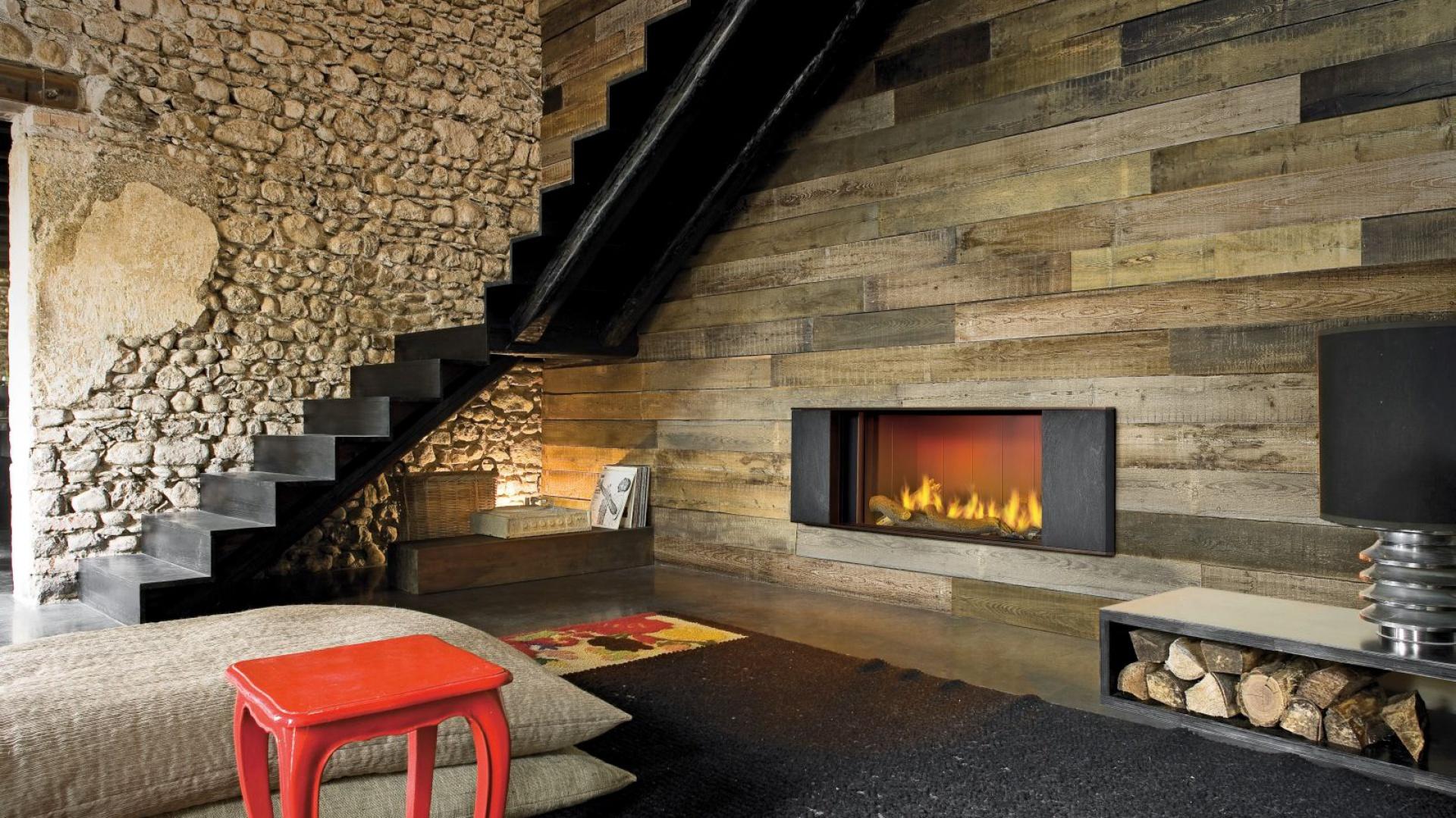 ciana wyko czona deskami o drewno w salonie zobacz nasze propozycje strona 3. Black Bedroom Furniture Sets. Home Design Ideas