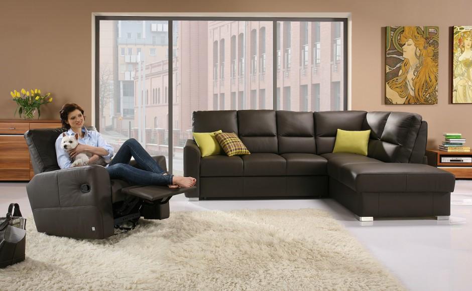Narożnik ALTO dzięki głębokim siedziskom i wysokim oparciom gwarantuje komfort wypoczynku. Fot. Wajnert Meble.