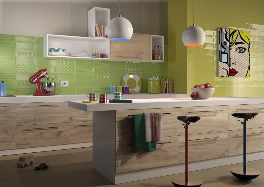Żywe kolory w kuchni dodają energii wraz z początkiem każdego dnia. W tej aranżacji przybrały formę fantazyjnych płytek ceramicznych w kolorze limonki. Fot. Imola Ceramika, kolekcja POP.
