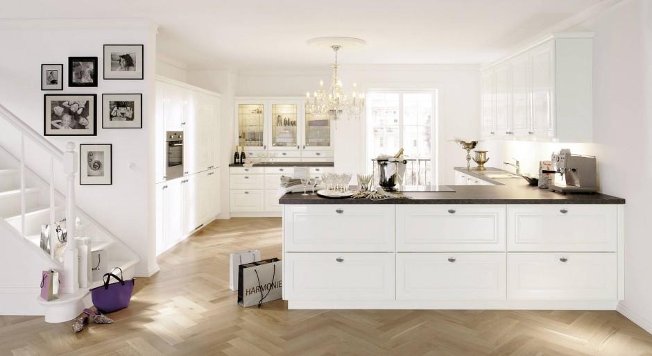Jasna przestrona kuchnia z Biała kuchnia najciekawsze meble  Strona 11