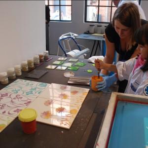 W strefie projektanta Ceramika Paradyż zachęcała do stworzenia własnego wzoru na płytkach ceramicznych. Fot. Marta Ustymowicz.