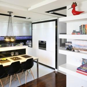 Otwarta kuchnia. Jak oddzielić ją od salonu i jadalni?