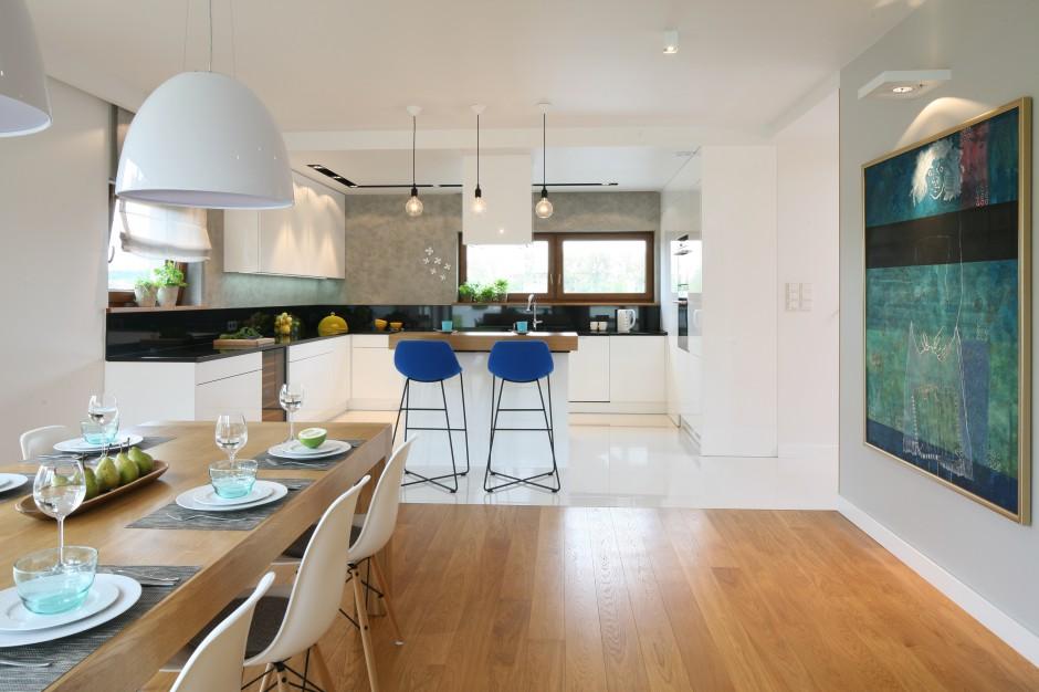 Krzesła barowe z Kuchnia z barem Inspiracje z   -> Kuchnia Z Obrazem