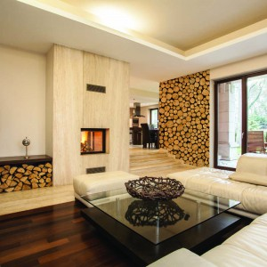 Fototapeta do salonu z motywem drewna w nieco innej niż tradycyjna odsłonie doskonale ociepli wnętrze. Fot. Dekornik.
