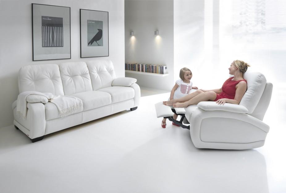 Fino marki Gala Collezione to doskonała propozycja dla tych, którzy preferują najbardziej komfortowe rozwiązania. Bardzo miękkie, niezwykle wygodne meble zapewniają naprawdę wyjątkową jakość odpoczynku. Fot. Gala Collezione.