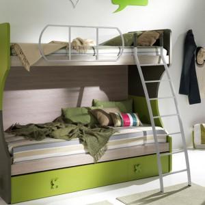 Takiego łóżka piętrowego nie powstydzą się nawet nastolatkowie. Fot. Giessegi.