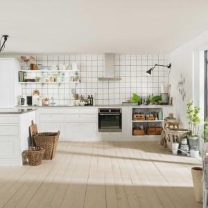 Biała kuchnia w skandynawskim stylu