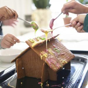 Forma do pieczenia domku z piernika. Zestaw składa się z czterech elementów. 19,99 zł, IKEA. Fot. IKEA.