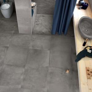 Efektowną, przecieraną powierzchnię mają płytki ceramiczne z kolekcji Terra marki Fap Ceramiche, które swoją nazwę i barwę zawdzięczają ziemi. Fot. Fap Ceramiche.