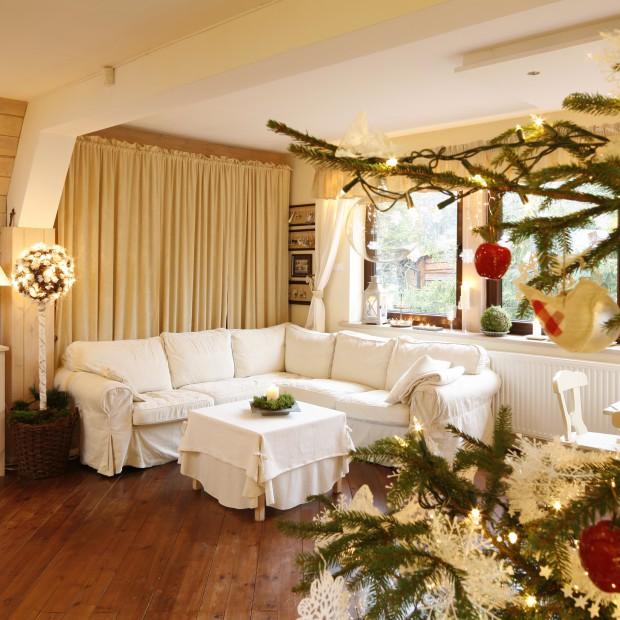 Jasny i przytulny dom. Zobacz jak wyjątkowo wygląda w Święta