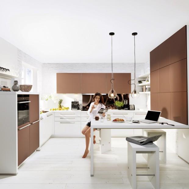 Wysoka zabudowa w kuchni: propozycje producentów