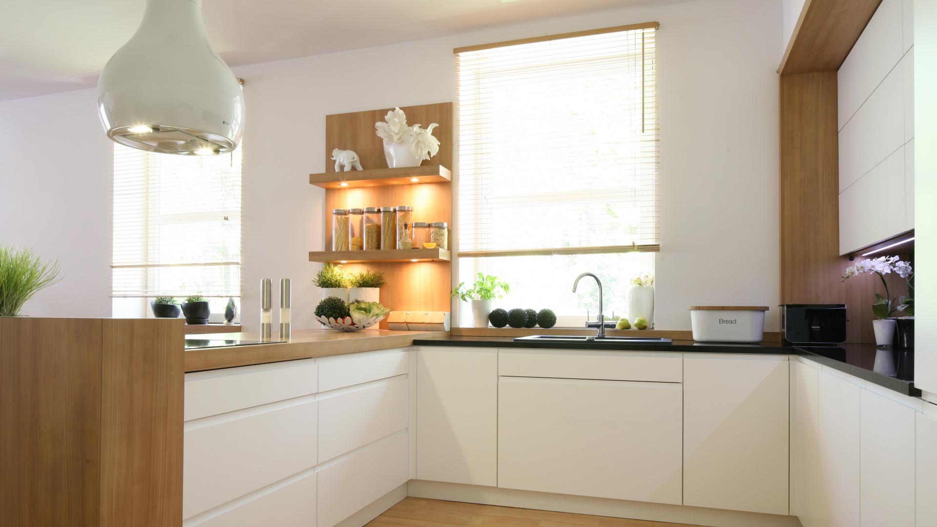 Jeśli chcemy uzyskać efekt Piękna, jasna kuchnia Tak   -> Kuchnia Weglowa Obi