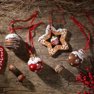 Smakowicie wyglądające zawieszki w kształcie świątecznych wypieków świetnie wpisują się w inspirowane naturą aranżacje. Fot. Villeroy&Boch.