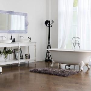 Łazienka w stylu retro – 12 pomysłów na aranżację