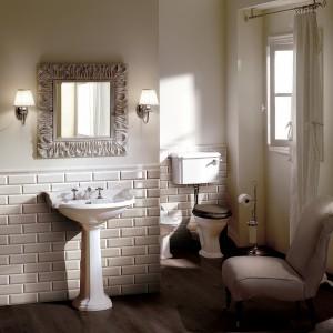 Brick z katalogu Devon&Devon to płytki stylizowane na cegły, które doskonale uzupełniają stylową aranżację  łazienki. Fot. Devon&Devon.