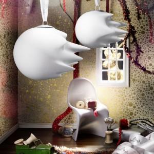 Bombka nawiązuje do ponadczasowego hitu marki Rosenthal - wazonu Fast. Oryginalna ozdoba, której twórcom niezwykle celnie udało się uchwycić ruch. Fot. Rosenthal.