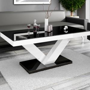 Ława Victoria mini prezentuje walory artystyczne i estetyczne, co przejawia się między innymi charakterystyczną podporą ławy, tworzącą zarys litery V. Fot. Hubertus.