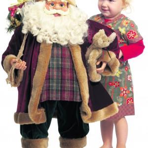 Mikołaj jak żywy, a do tego całekiem pokaźnych rozmiarów chętnie zagości w każdym domu. Fot. Jysk.