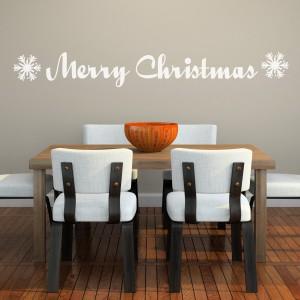 Merry Christmas to zawołanie znane we wszystkich językach świata. Z powodzeniem można wiec umieścić je, np. w formie naklejek, nad stołem w jadalni. Fot. Spin Collective.