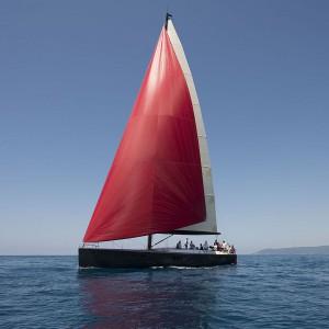 Luksusowy jacht H630e urzeka przytulnym i komfortowym wystrojem, uzyskanym poprzez staranny dobór materiałów i wykończenia Fot. Officine Gullo.