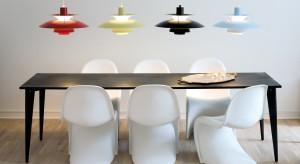 Oświetlenie od dawna pełni już nie tylko funkcję praktyczną, ale też dekoracyjną. Dzisiaj prezentujemy efektowne lampy, stworzone specjalnie do nowoczesnych, minimalistycznych wnętrz.