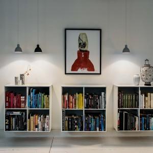 Skoncentrowane skierowane w dół światło dodaje charakteru oraz podkreśla piękno podświetlanych elementów. Fot. Louis Poulsen.