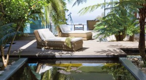 Oczka wodne, fontanny, kaskady czy mały staw mogą stać się niezwykłą ozdobą ogrodu. Przedstawiamy aranżacje, które mogą stać się inspiracją do stworzenia ciekawej przestrzeni ogrodowej.