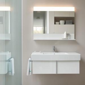 W skład kolekcji Vero Duravit obok mebli wchodzą także lustra oraz ceramika sanitarna. Wszystkie elementy wyróżniają się nowoczesnym stylem. Fot. Duravit.