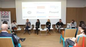"""O przeszłości i tożsamości, znaczeniu tradycji i stylu polskim rozmawiali uczestnicy debaty""""Design a przeszłość. Jak nawiązać inteligentny dialog z tradycją i jak dzięki niej osiągnąć sukces we współczesnym świecie?"""" podczas 2. edyc"""
