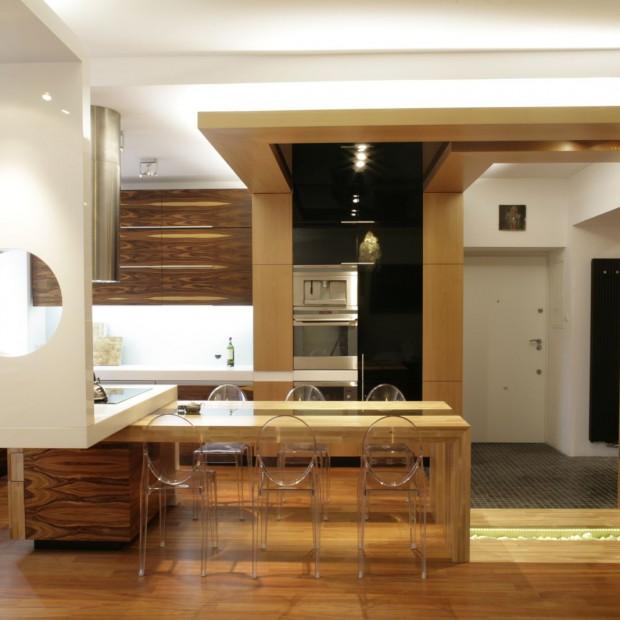 Kuchnia w kolorze ciemnego drewna. 20 zdjęć z polskich domów